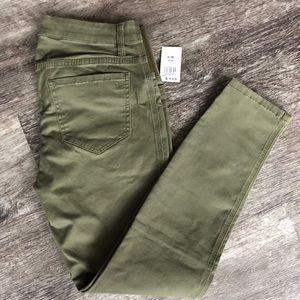 Jessica Simpson Maternity Cargo Pants